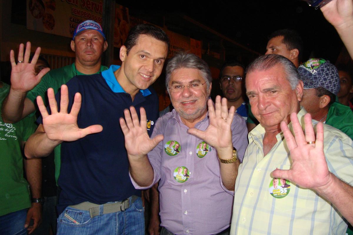 Com Júlio Cesar e Edson Silva, PSD realiza caminhada e comício em Maracanaú