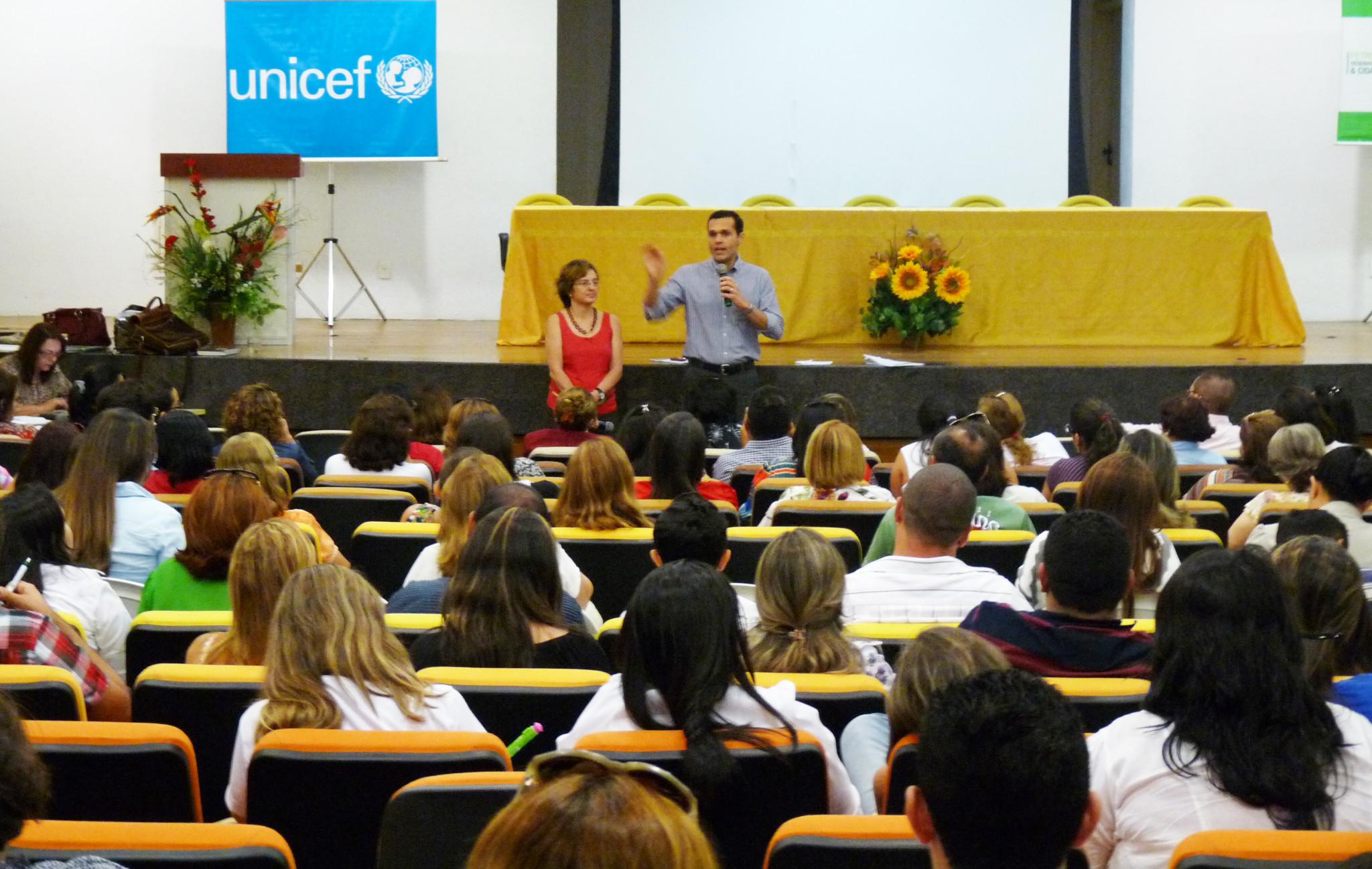 Governo confirma compromisso com o Selo Unicef