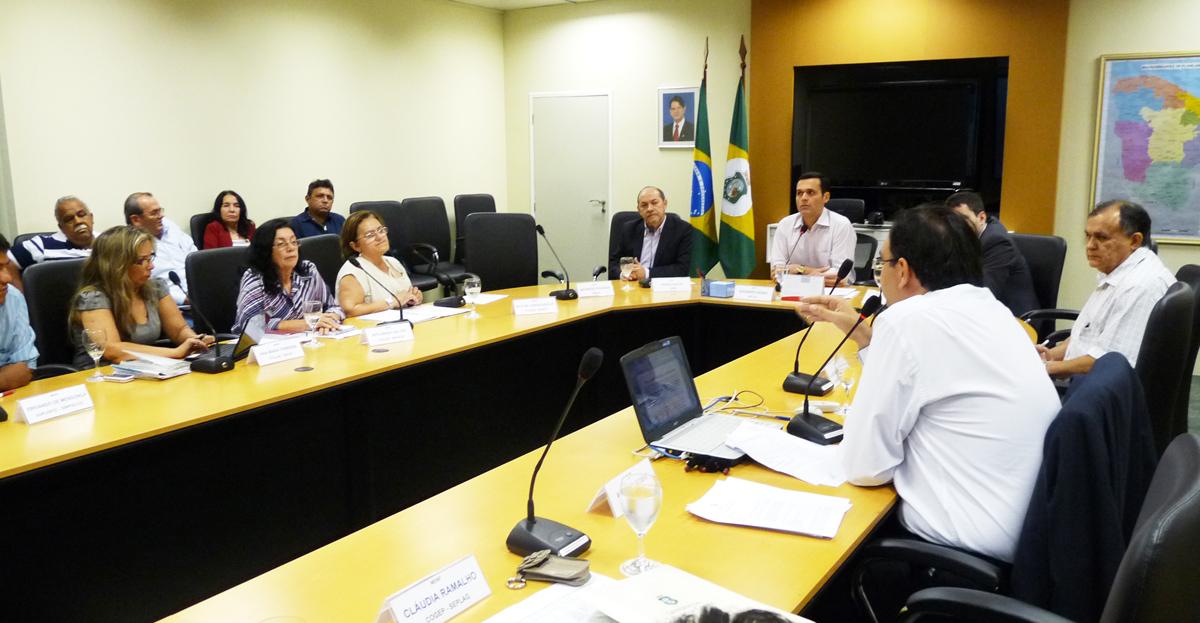Educação e Saúde terão mesas setoriais de negociação