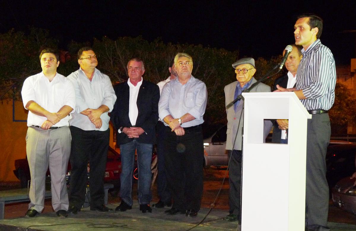 Governo concede uso de imóvel a CDL de Maracanaú