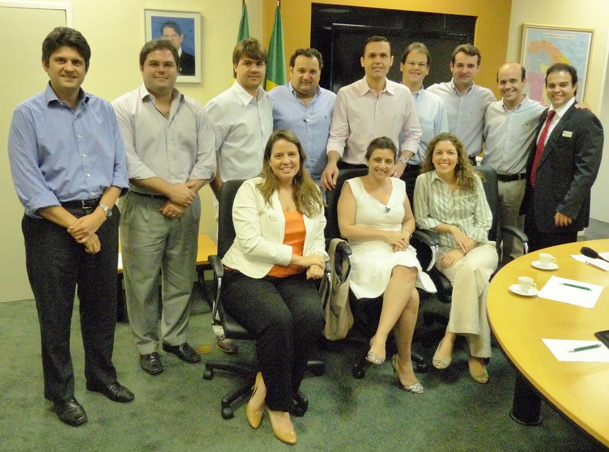 """Grupo """"Novos Líderes"""" participa de reunião na Seplag"""