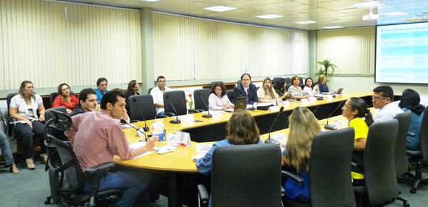 MENP discute criação das mesas setoriais
