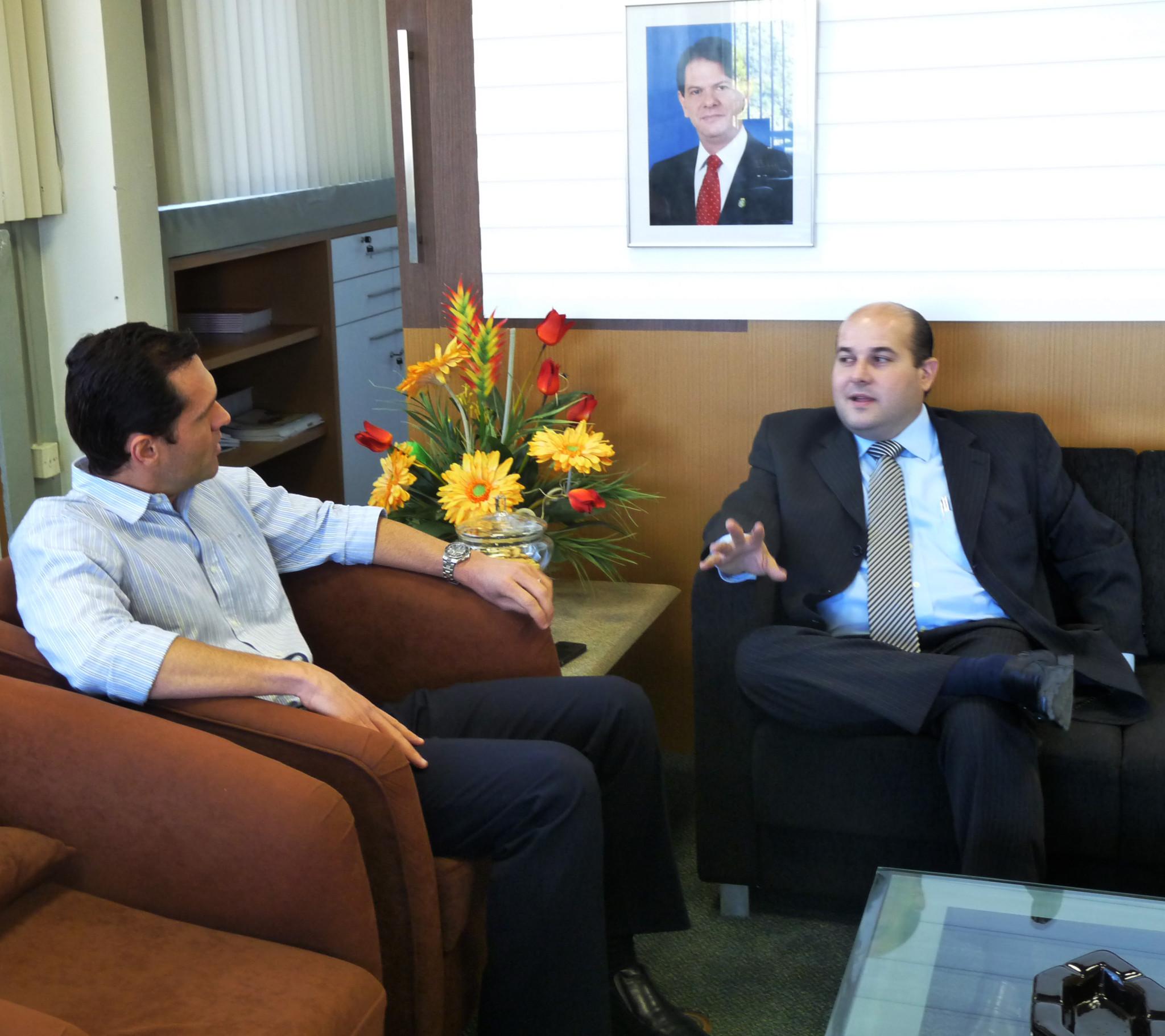 Presidente da Assembleia visita Seplag para tratar do PPA