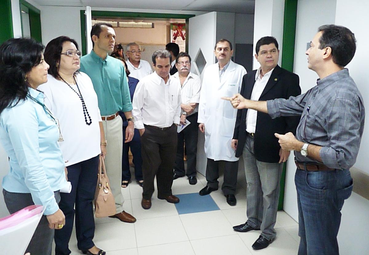 Secretários realizam visita ao HGF