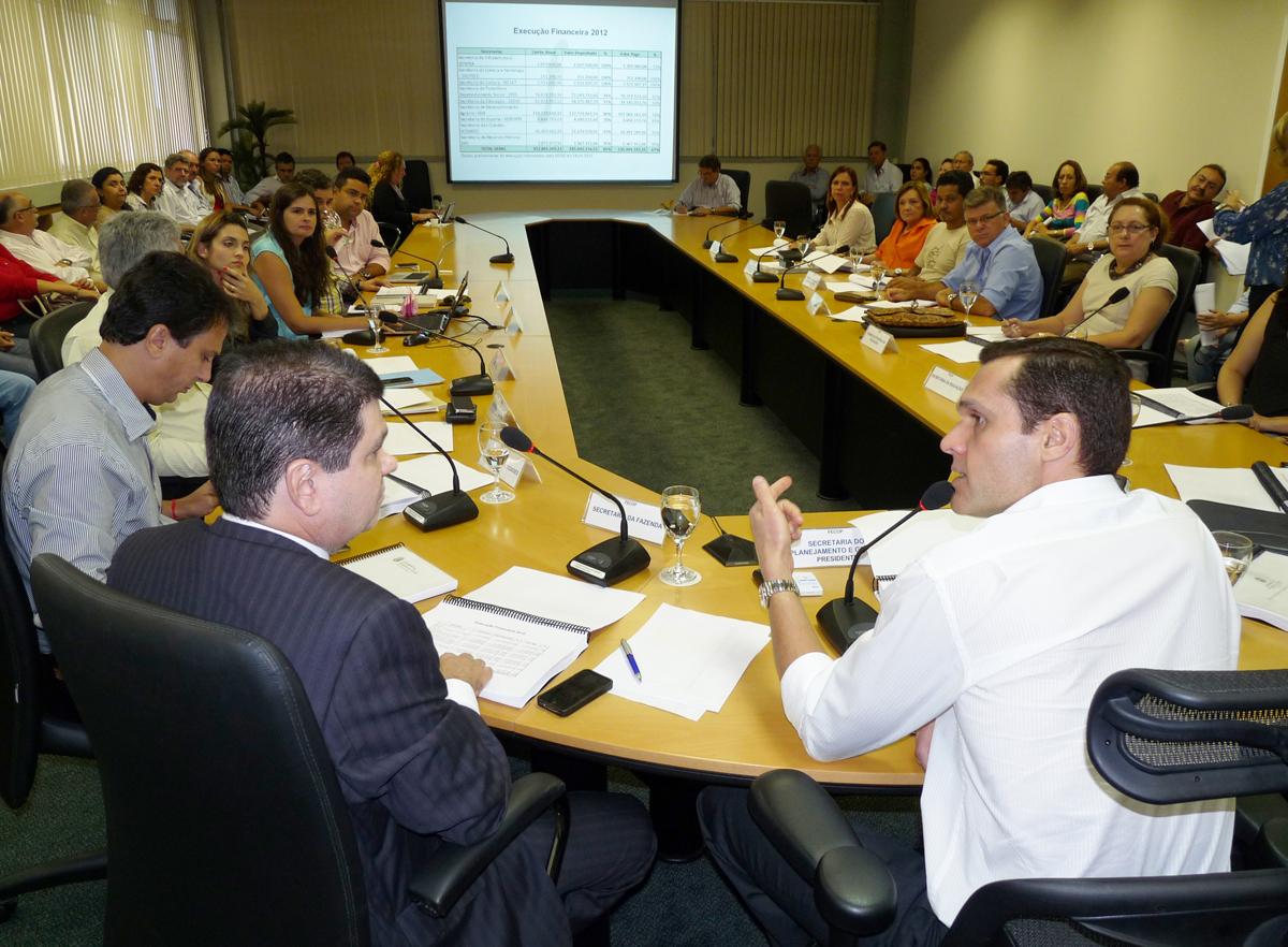 Conselho do Fecop aprova 75 projetos para 2013