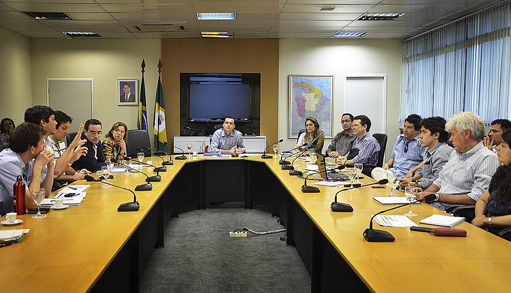 Secretário e gestores debatem ações do S2GPR