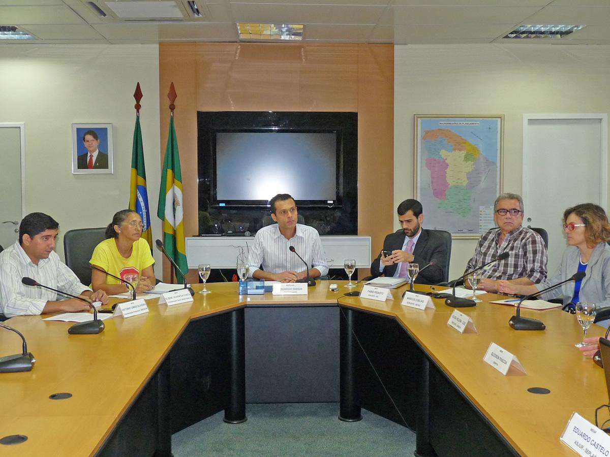 Reunião da MENP é realizada na SEPLAG
