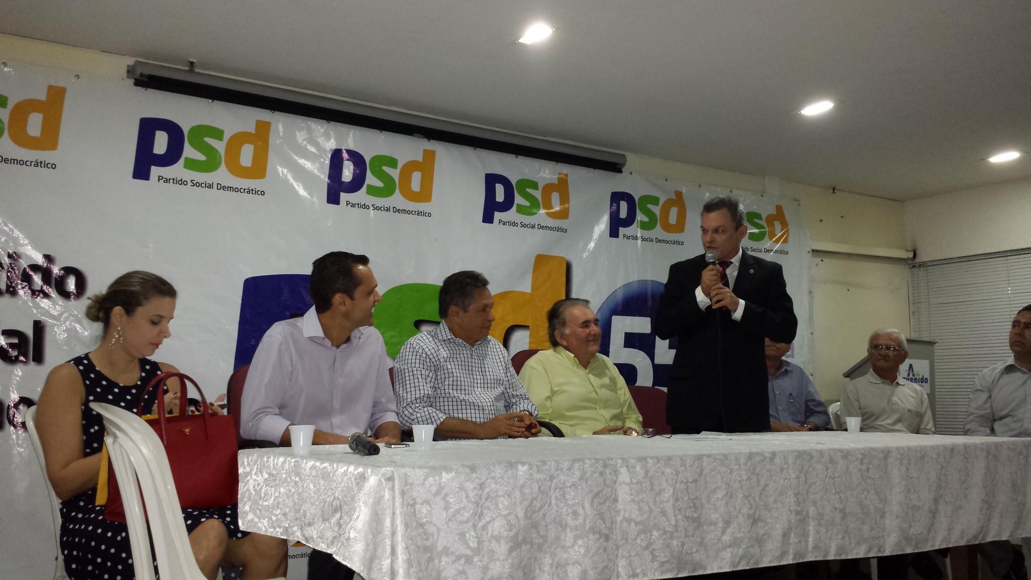 """PSD diz """"sim"""" à coligação com o PROS"""