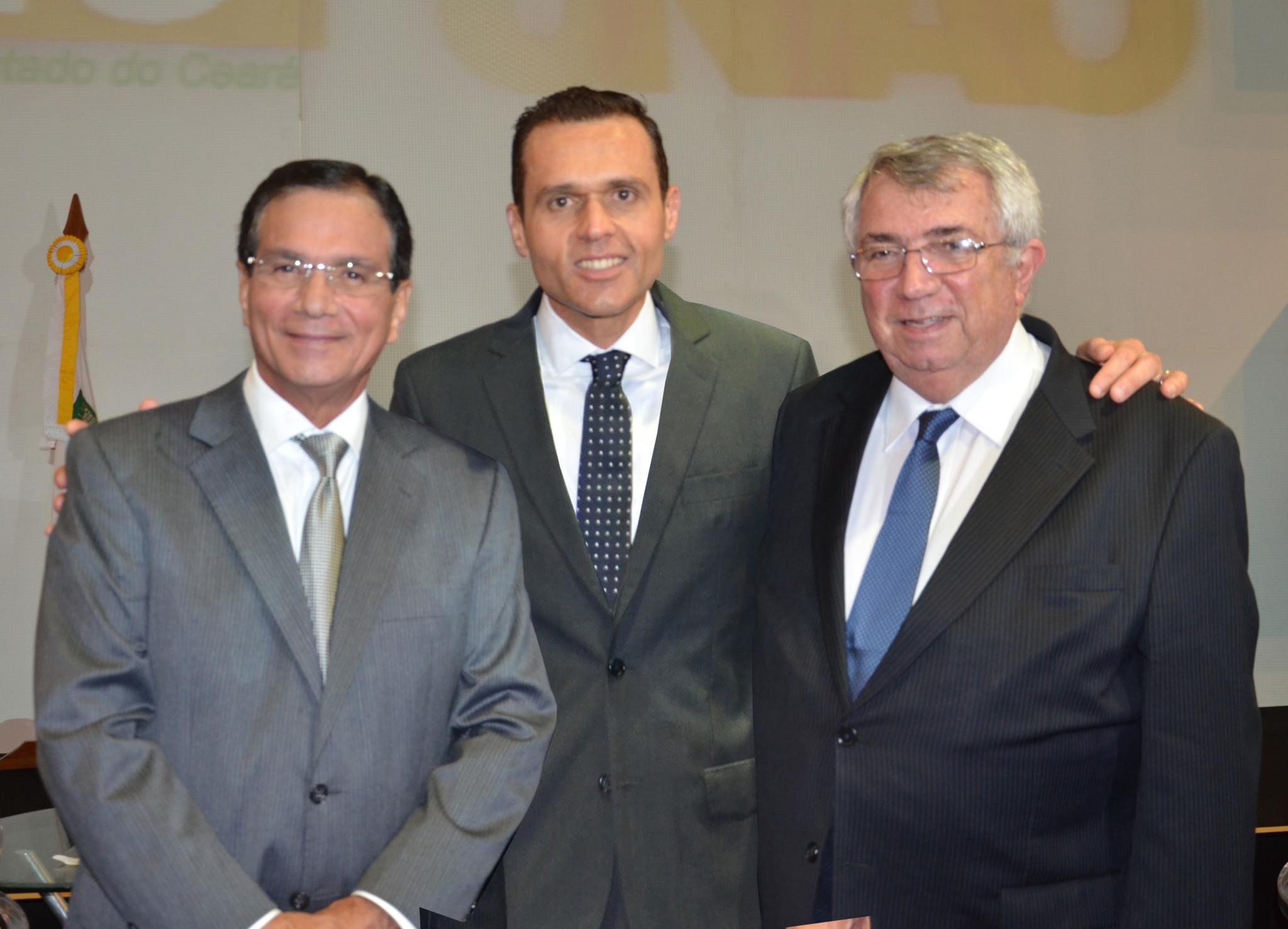 Aliança Governo e FIEC é destaque na posse da Diretoria 2014-2019