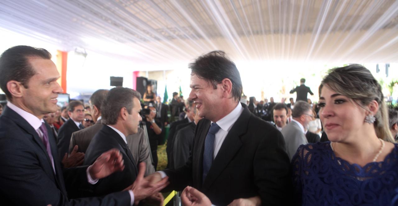 Cid Gomes transmite o Governo do Ceará