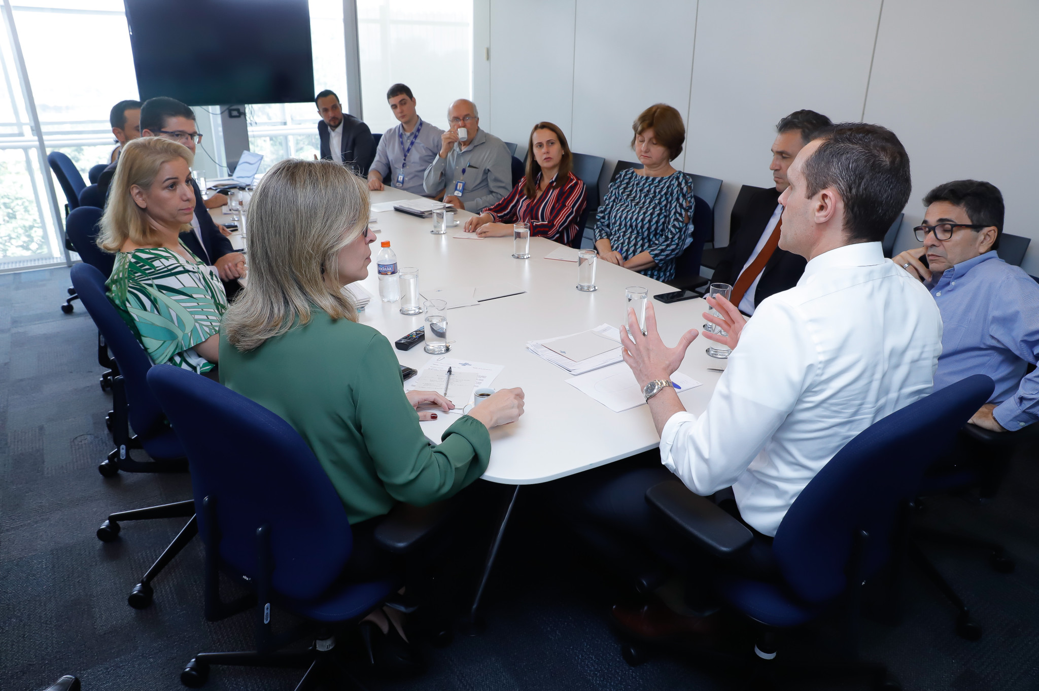 Reunião com os grupos de trabalho 4 e 8 – Sala de Reunião