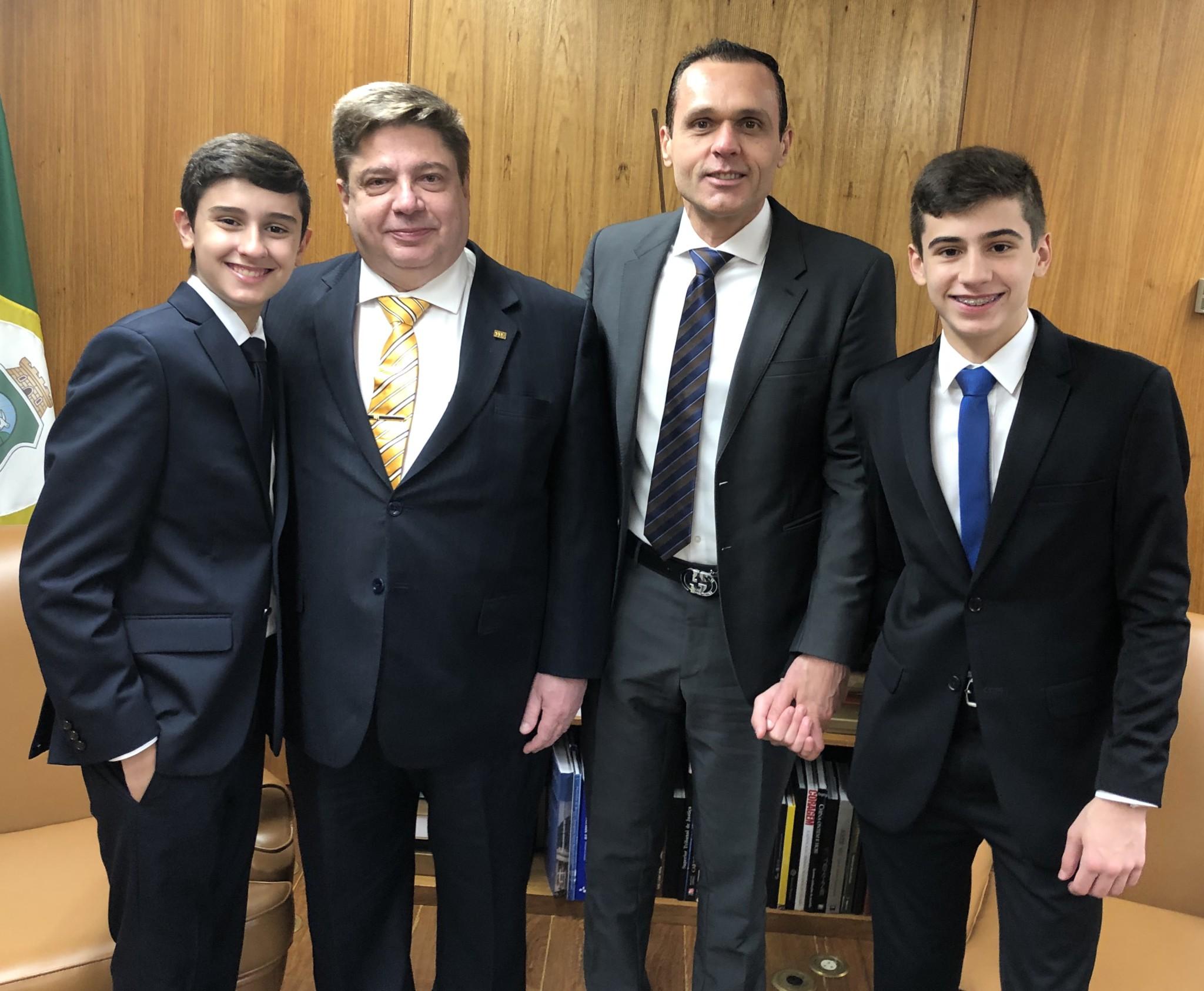 Visita Gabinete Ministro Raul Araújo