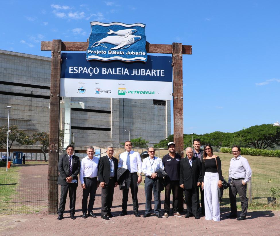 Visita ao Projeto Baleia Jubarte