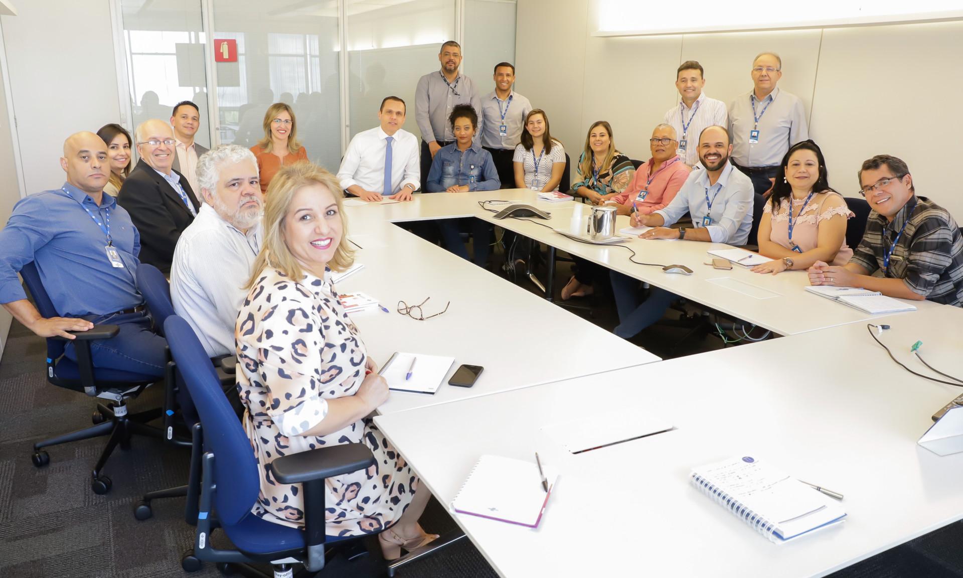 Reunião com a equipe da Unidade de Gestão Orçamentária e Contabilidade (UGOC)