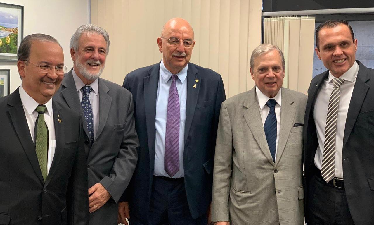 Reunião no Senado com o Ministro Osmar Terra, Senador Jorginho Melo e o Senador Tasso Jereissati