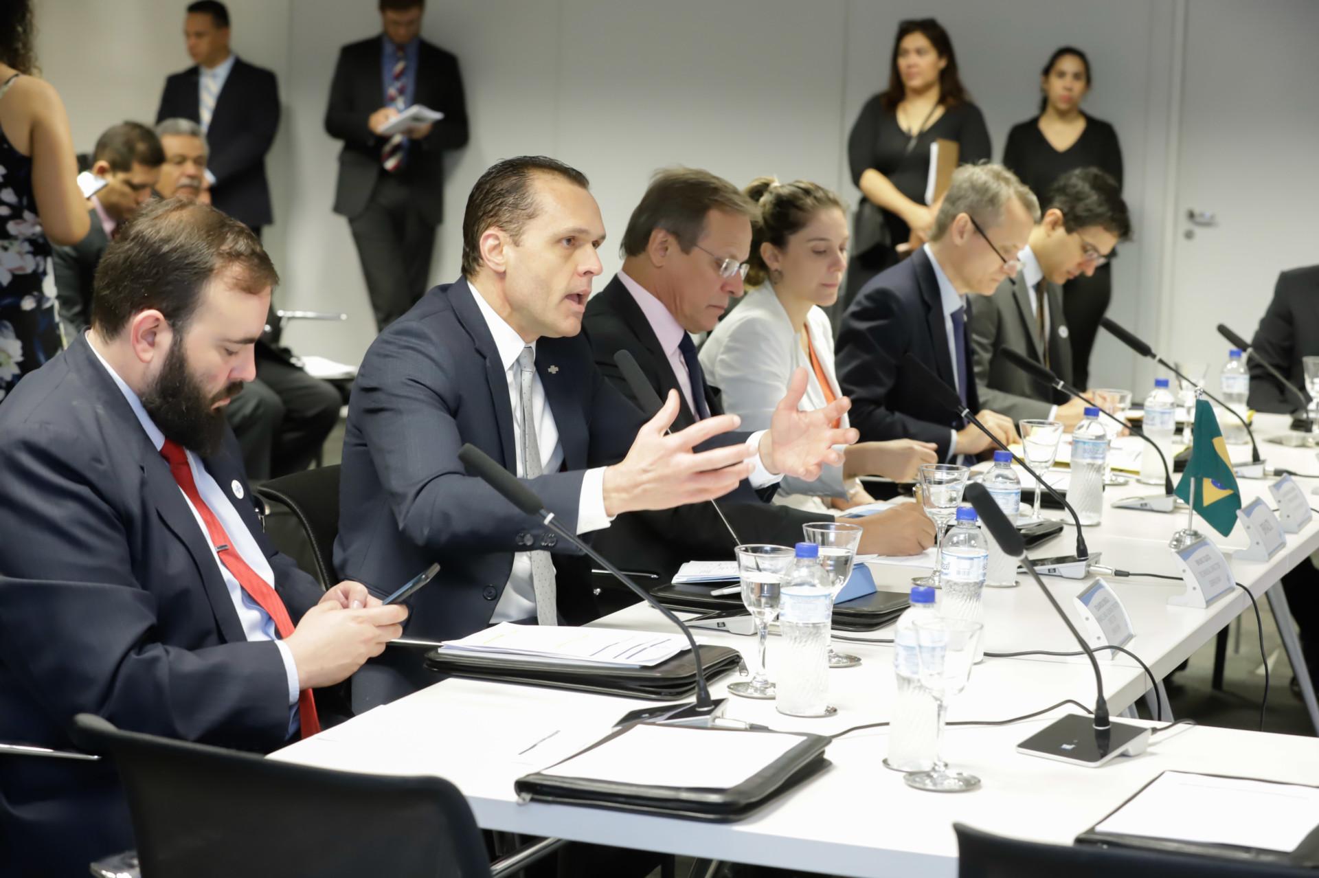 Sebrae Nacional sedia mesa redonda do BRICS sobre MPEs