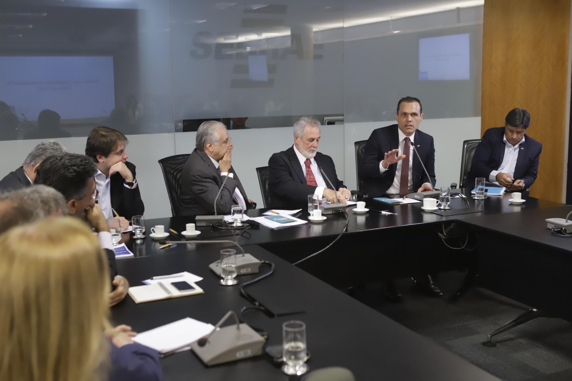 Reunião com os representantes do Sebrae Nacional junto aos CDEs