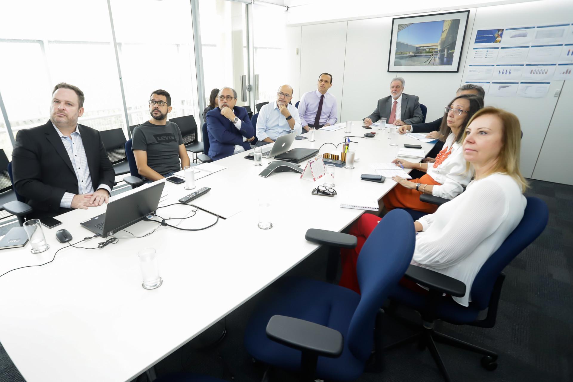DIREX e FDC se reúnem para última reunião do ano