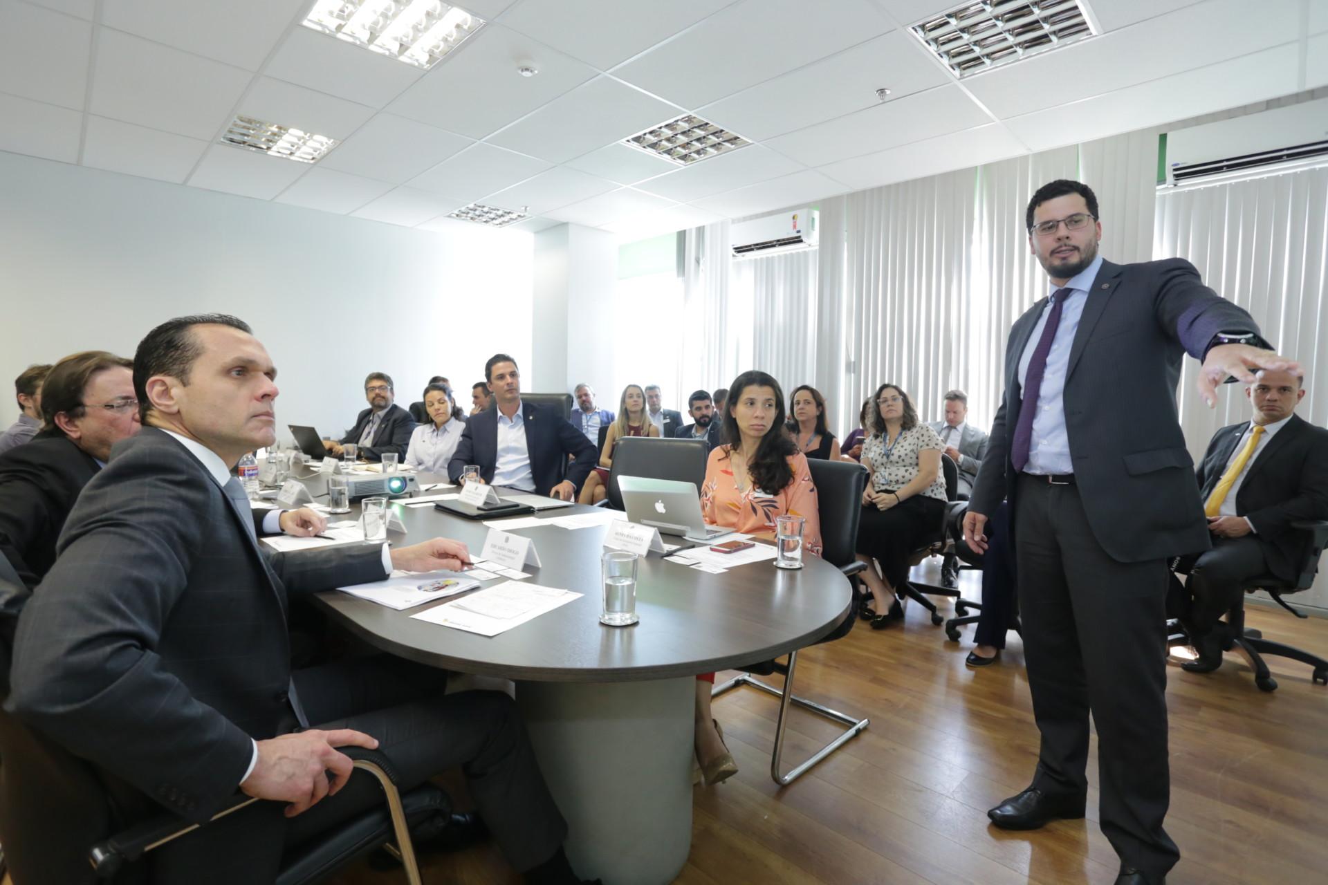 Sebrae e Ministério da Economia conversam sobre o programa Brasil Mais, do Governo Federal
