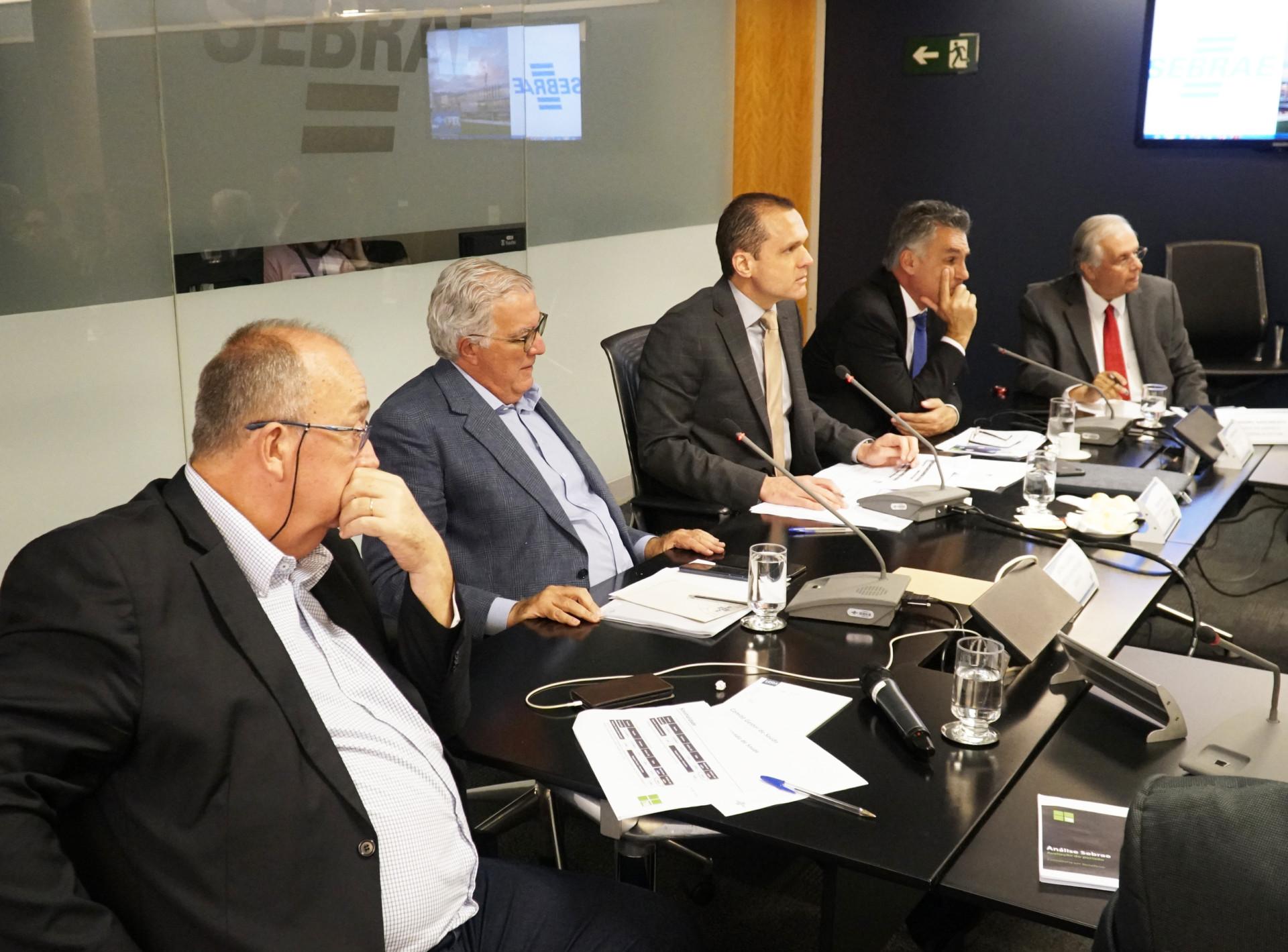Plano de saúde dos colaborares do Sebrae em discussão