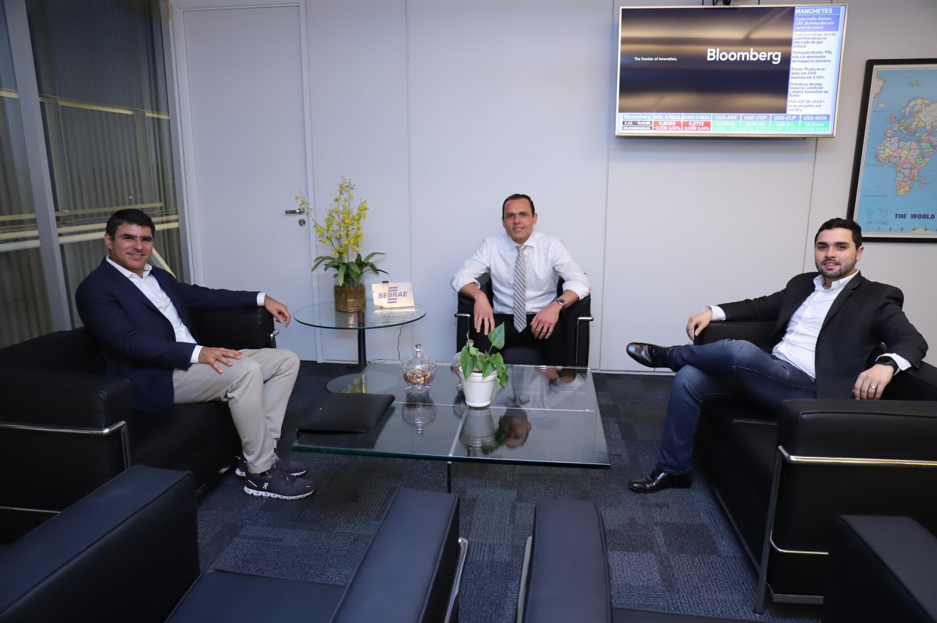 Reunião com Cesário Júnior da IXL